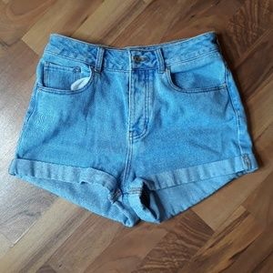 Melville button fly jean shorts Sz 27 Women's Tub1